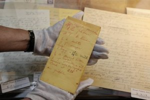 Notice the gloved hand of the curator going through the Rosa Parks paper.