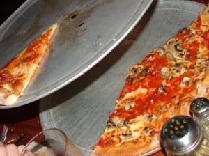 Pizza pans - round, aluminium