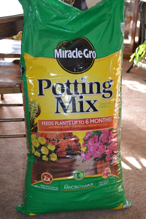 potting soil miricle grow
