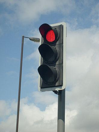 traffic-lightmodern_british_led_traffic_light